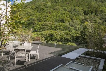 みなかみホテルジュラク屋上庭園「水のテラス 」